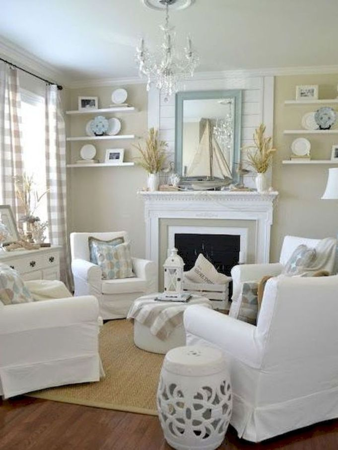 Lovely rustic coastal living room design ideas 45