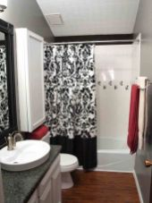 Most popular red black and white bathroom decor ideas 41