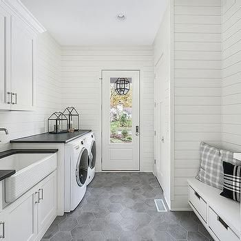 Outstanding black and white laundry room ideas 31