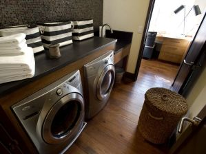 Outstanding black and white laundry room ideas 35