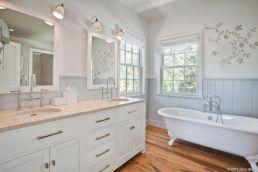 Popular master bathroom design ideas for amazing homes 19