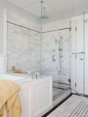 Popular master bathroom design ideas for amazing homes 34