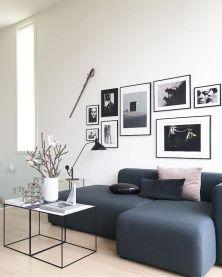 Stunning living room wall gallery design ideas 05