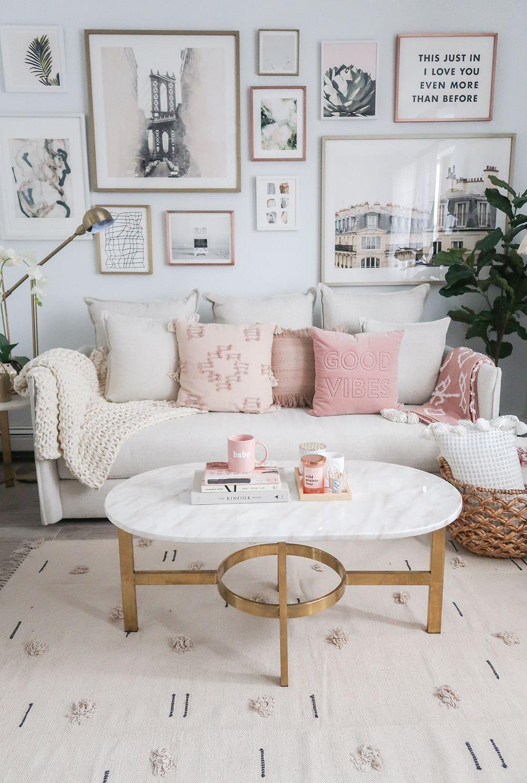 Stunning living room wall gallery design ideas 09