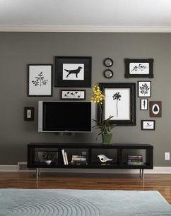 Stunning living room wall gallery design ideas 28