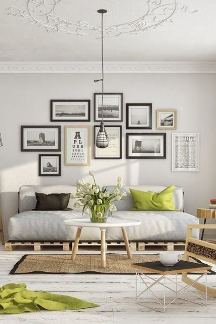 Stunning living room wall gallery design ideas 32