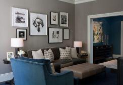 Stunning living room wall gallery design ideas 46