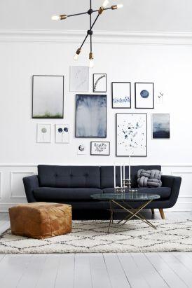 Stunning living room wall gallery design ideas 50