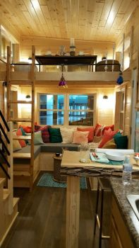 Unusual tiny living room design ideas for tiny house 54