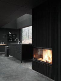 Amazing black kitchen design ideas 19