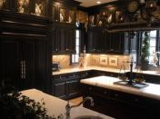 Amazing black kitchen design ideas 20