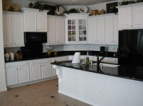 Amazing black kitchen design ideas 21