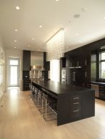 Amazing black kitchen design ideas 23