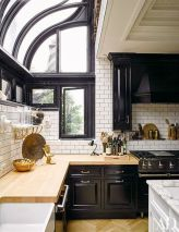 Amazing black kitchen design ideas 31