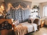 Beautiful dorm room organization ideas 40