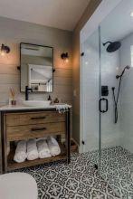 Fabulous small farmhouse bathroom design ideas 29