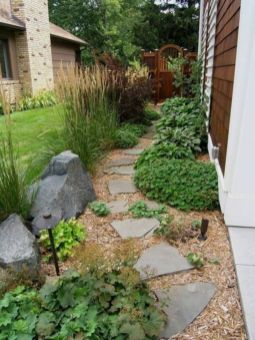 Great front yard rock garden ideas 12