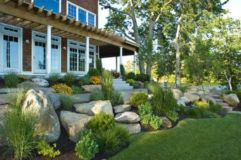 Great front yard rock garden ideas 42