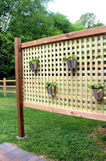 Popular privacy fence ideas 38