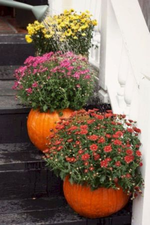 Pretty fall planters for easy outdoor fall decorations 05