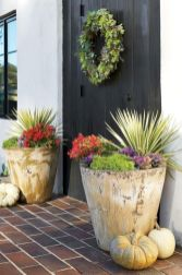 Pretty fall planters for easy outdoor fall decorations 16