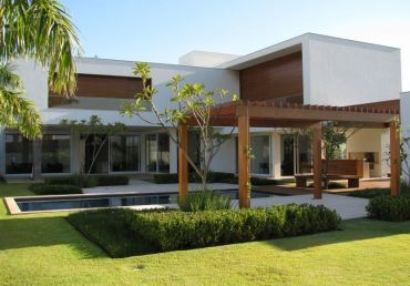 Simply elegant house design ideas 08