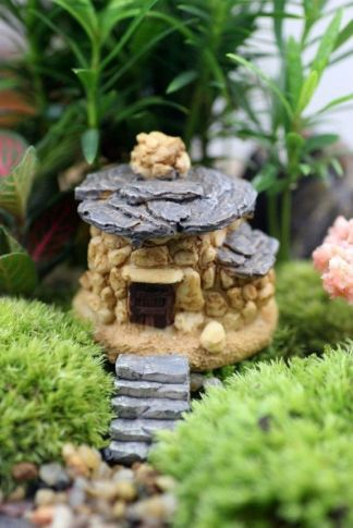 Stunning fairy garden decor ideas 24