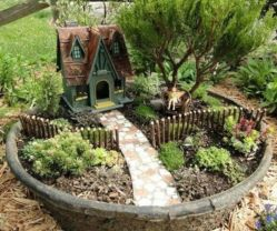 Stunning fairy garden decor ideas 36