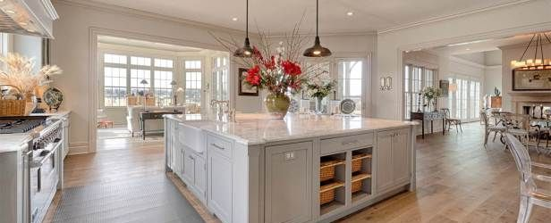 Stunning farmhouse kitchen cabinet ideas 31
