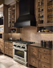 Stunning farmhouse kitchen cabinet ideas 35