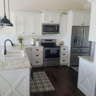Stylish modern farmhouse kitchen makeover decor ideas 35