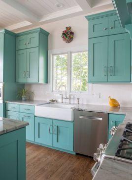 Stylish modern farmhouse kitchen makeover decor ideas 53