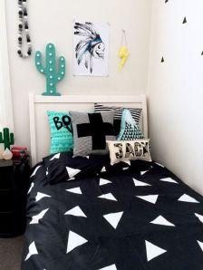 Creative diy wall decor suitable for bedroom ideas 37