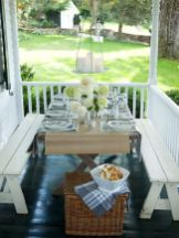 Fancy farmhouse fall porch decor and design ideas 14