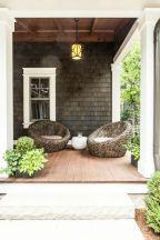 Fancy farmhouse fall porch decor and design ideas 16