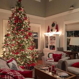 Fascinating christmas tree ideas for living room 35