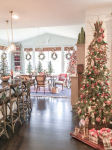 Fascinating christmas tree ideas for living room 41