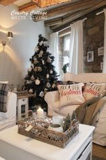 Fascinating christmas tree ideas for living room 45