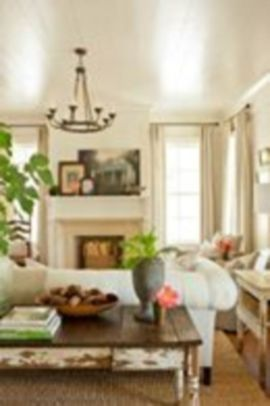 Magnificient farmhouse fall decor ideas on a budget 10