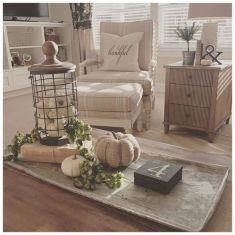 Magnificient farmhouse fall decor ideas on a budget 21