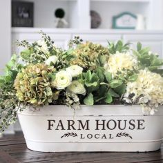 Magnificient farmhouse fall decor ideas on a budget 34