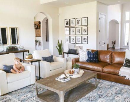 Modern white living room design ideas 19