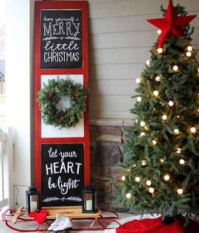 Perfect diy front porch christmas tree ideas on a budget 43