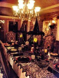 Perfect diy halloween decor on a budget 32