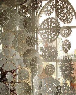 Popular winter wonderland snowflake decoration ideas 13