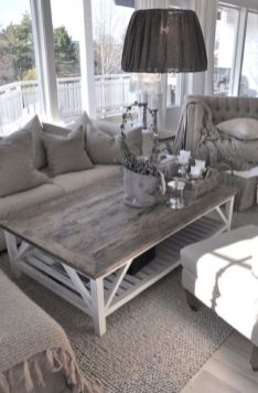 Romantic rustic farmhouse living room decor ideas 06