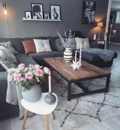 Romantic rustic farmhouse living room decor ideas 07