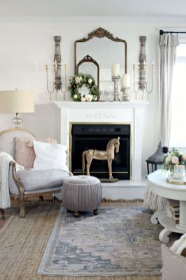 Romantic rustic farmhouse living room decor ideas 26