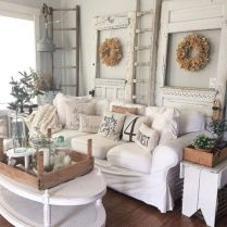 Romantic rustic farmhouse living room decor ideas 38
