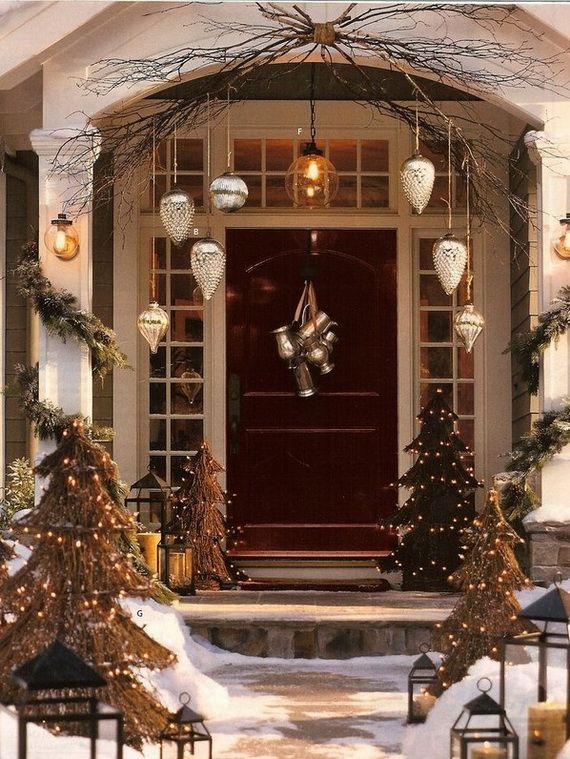 Stunning diy front porch christmas tree ideas on a budget 15